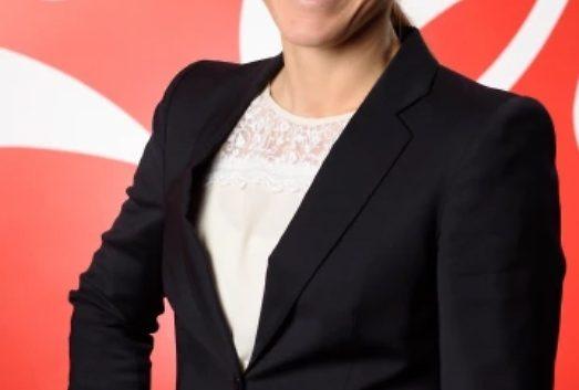 Hon tar över Coca-Cola i Sverige