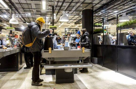 Många vill betala med faktura i butik