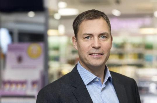 Kronans apotek tar nya andelar på nätet