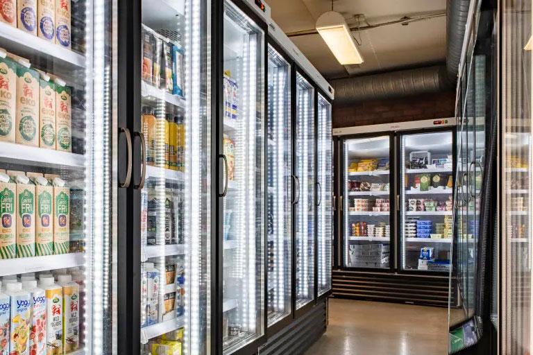Foodora öppnar fler lager för dagligvaror
