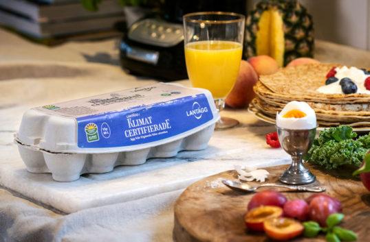 Först i Sverige med klimatcertifierade ägg
