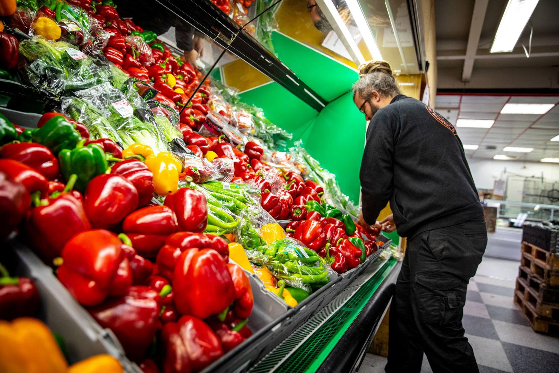 Skånes första sociala matbutik har öppnat